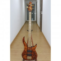 Bajo PEAVEY Cirrus 4 Tiger Eye Maple USA (Segunda Mano) Foto: \192