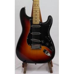 Guitarra Electrica FENDER Stratocaster American Standard 3 Tonos Sunburst 1999 (Segunda mano) Foto: \192