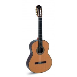 Guitarra Clasica ADMIRA A20 Foto: C:QuerryFotos Web\Guitarra Clasica ADMIRA A20