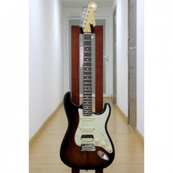 Guitarra Electrica FENDER Limited Edition American Deluxe Mahogany Stratocaster HSS Foto: \192